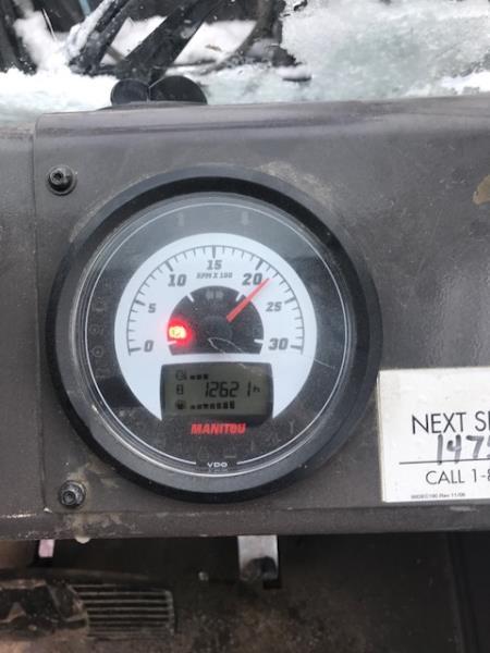 M50.4 8